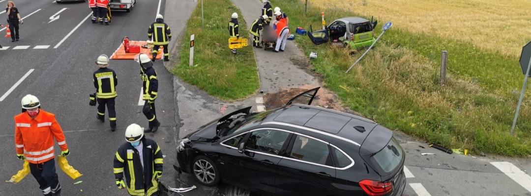 Verkehrsunfall beim Überqueren der B214